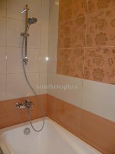 Сантехник по установке смесителя в ванной