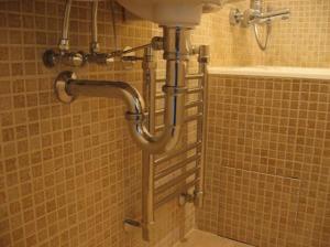 Водопроводчик на дом срочно
