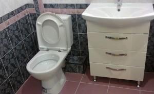 Сантехник для подключения ванны