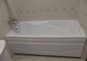 Пробить засор в ванной