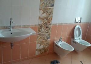 Прочистить засор в ванной Красногвардейский район